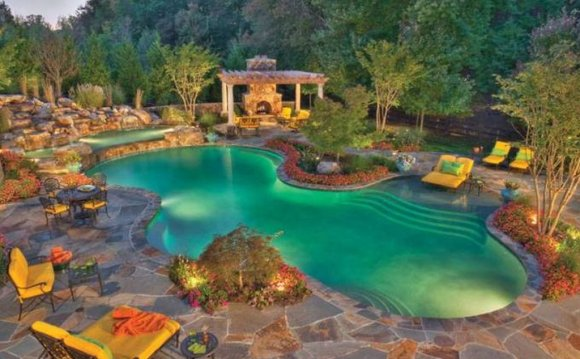 Image of: Backyard Pool