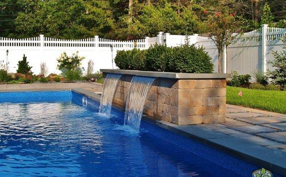 Hampton s Pool & Waterfall