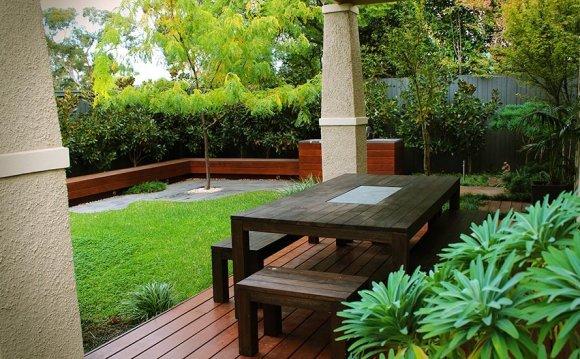 Backyard Landscaping Ideas On