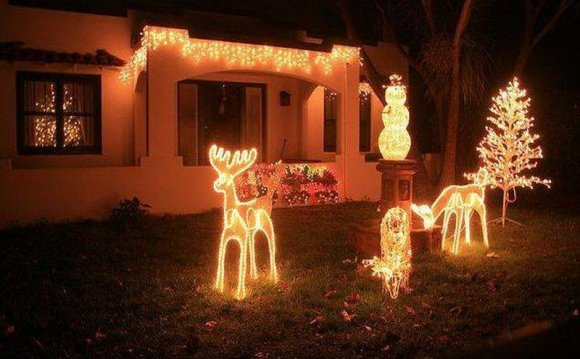 Lighted Outdoor Decorations