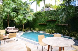 Small, Pool, Splash Pool Swimming Pool Lewis Aqui Landscape + Architectural Design, LLC. Miami, FL