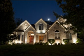 up-lighting landscape lighting